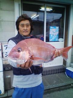 12日 巨匠宮村氏 本日最大は2.6kgでした。