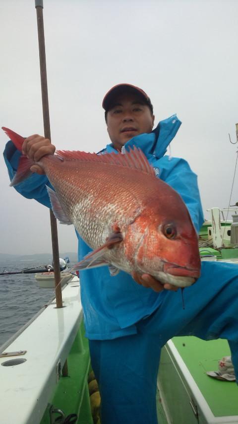 21日 アキオ君 瀬の海にて自己新記録4.9kgゲット!!